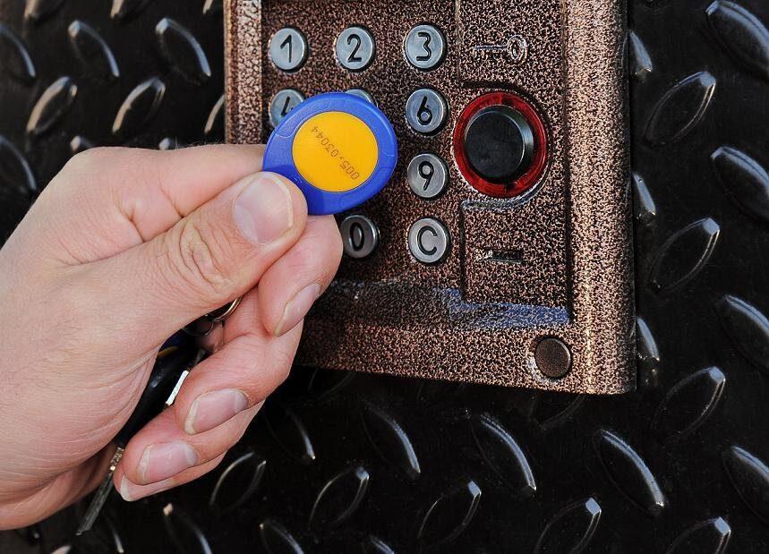 Как самому отремонтировать ключ домофона